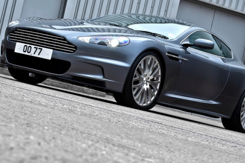 Aston-Martin-DBS-Casino-Royale-2