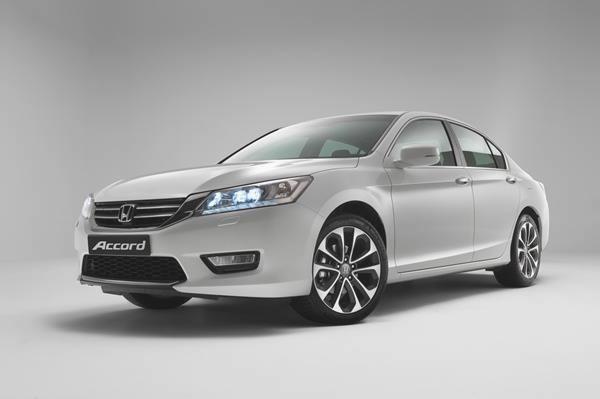 Новая Хонда Аккорд 2012