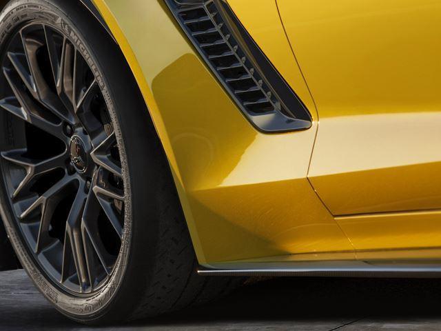 2015 Chevrolet Corvette Z06 (4)