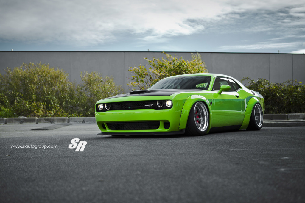 dodge-challenger-hellcat-liberty-walk (1)